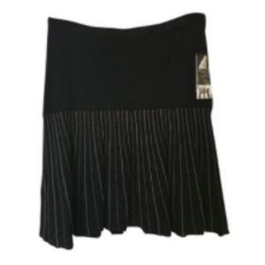 Elie Tahari Black Skirt M  NWT